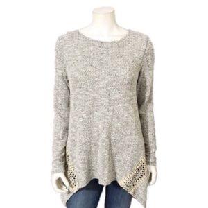 Thyme & Honey   Gray Handkerchief Hem Sweater